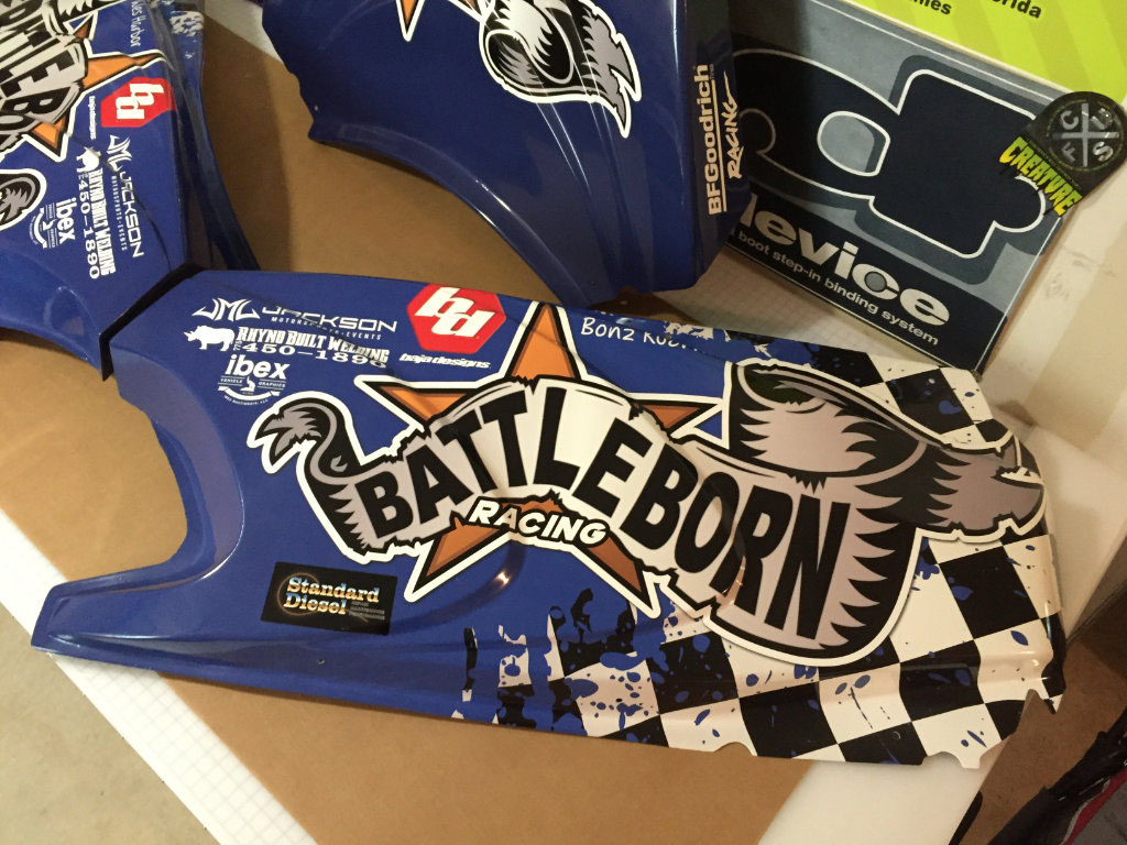 Battle Born Racing Graphics